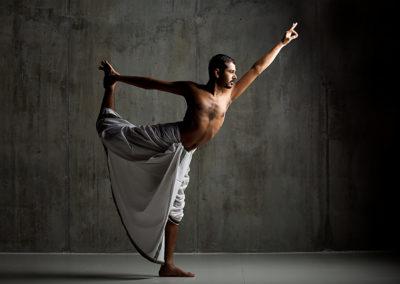 Natarajasana Yogi Trupta - Oil Yoga